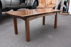 WalnutCoffeeTable1